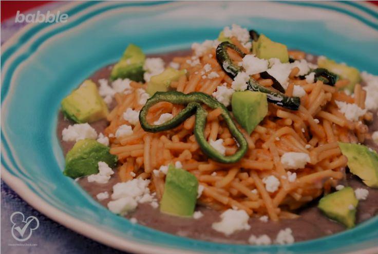 Van deze Mexicaanse pasta gaan je kinderen uit hun dak (en jij ook)