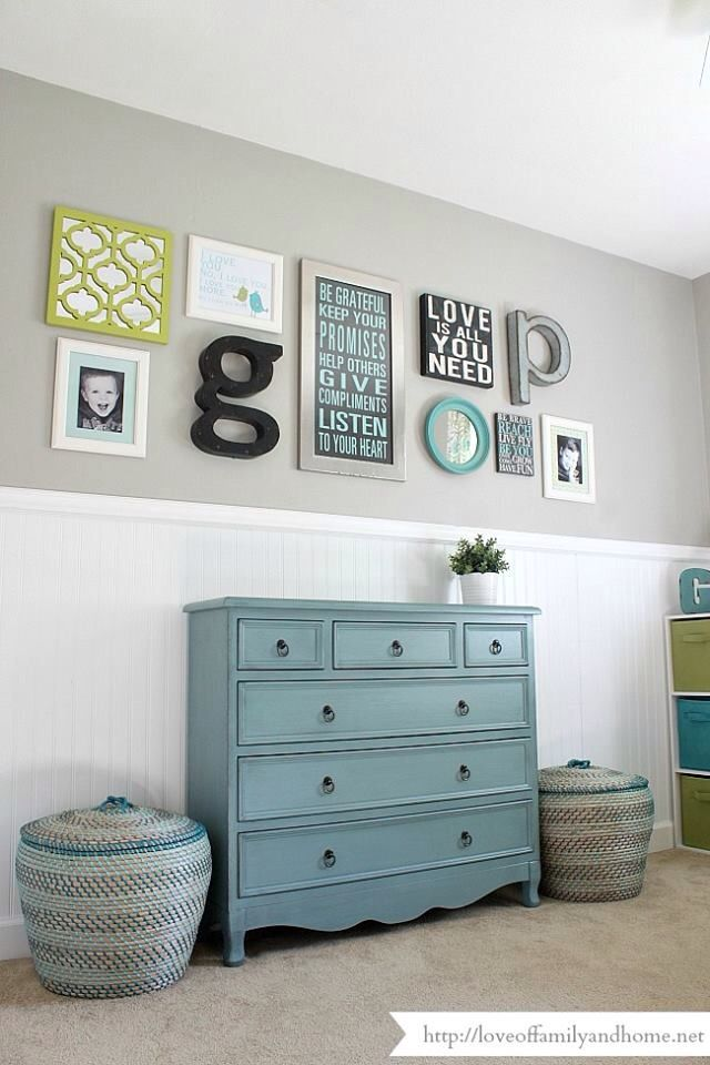 Wall arrangement kids room