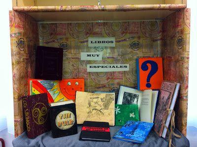 Escaparate temático. Libros muy especiales. producciones del alumnado. I.E.S ALONSO CANO, Dúrcal