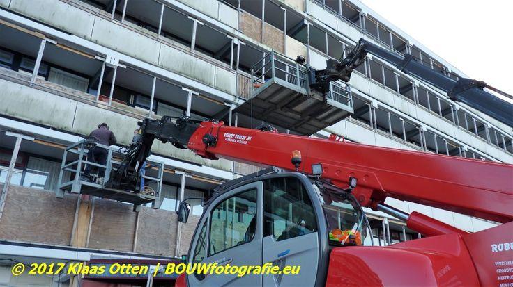 Renovatie flat Baljuwstraat Den Helder | sloopwerkzaamheden tbv tijdelijke externe (bouw)lift    www.facebook.com/bouwbedrijfweblog #renovatie flat #Baljuwstraat #DenHelder #sloopwerkzaamheden