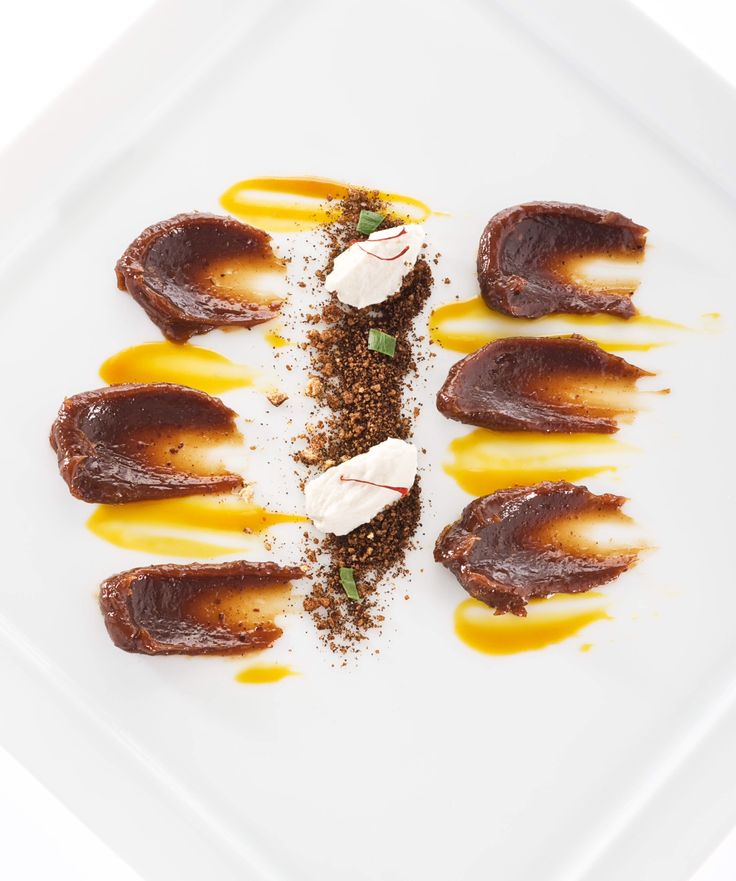 Essenza - chef Niko Romito - ristorante Reale/Casadonna - Italy #michelin #michelinstars #estrellamichelin #restaurant #food #cooking #foodpassion #foodtraveller #foodventures #foodobsession #tasty #yummy #foodpic #nikoromito #realecasadonna #abruzzo #italy #glamyng #silviaperrotta #silviaglam