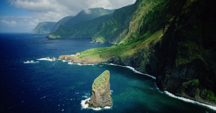 17 Reasons To Drop Everything And Go To Molokai
