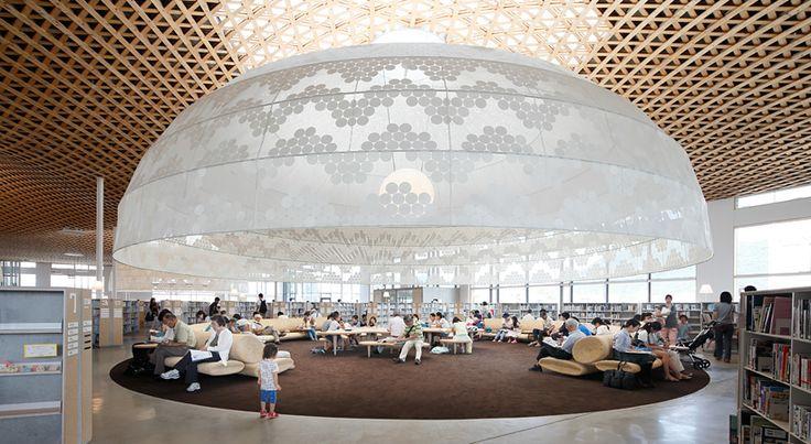 伊東豊雄展『空気をデザインする ―みんなの森 ぎふメディアコスモス―』が、3月4日から東京・京橋のLIXILギャラリーで開催される。  せんだいメディ…