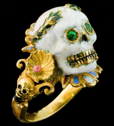 This beautiful Codognato ring.  I love skull rings, please do not ask me why!