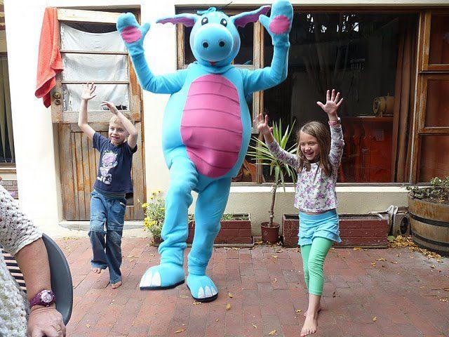 Doing the Dragon Dance with Loebi
