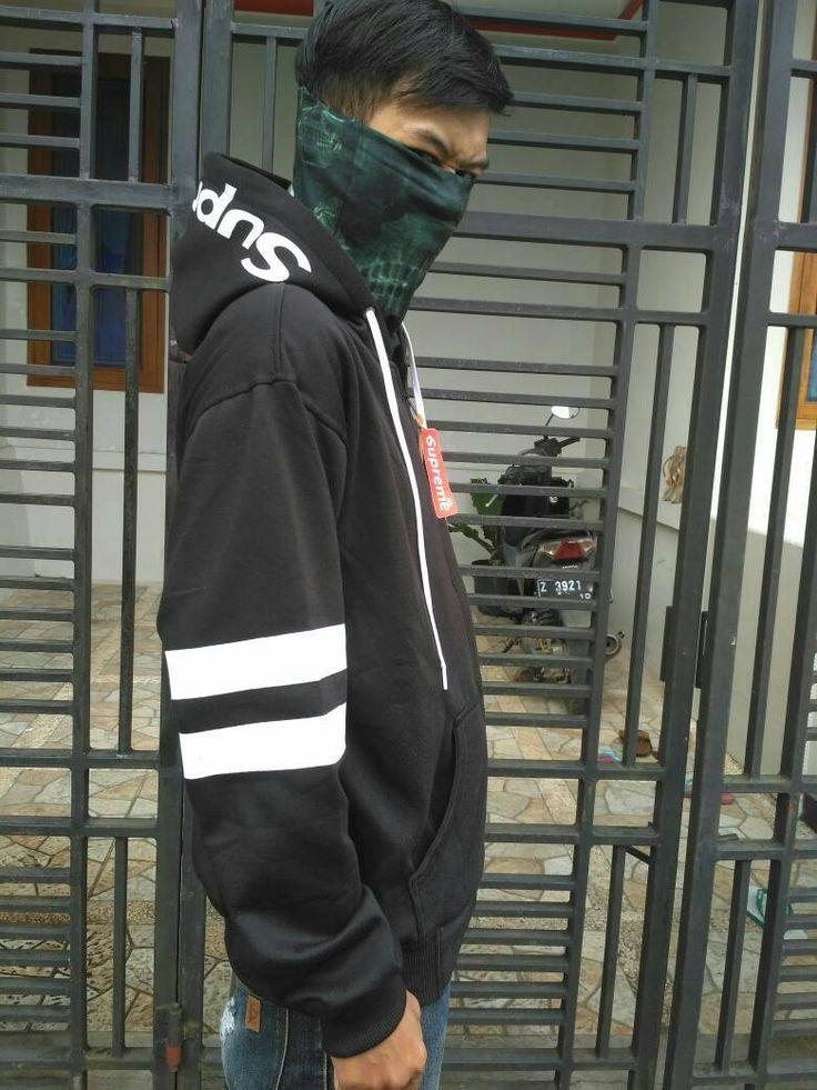 0899-0071-066(Three), jual hoodie keren, baju jaket terbaru, jaket kasual, model baju jaket, grosir jaket pria murah, jual jaket tebal, model model jaket terbaru, jaket kulit laki laki, jaket baseball murah, model jaket baru, model jaket motor terbaru, jaket parasut pria keren, jaket murah bandung, jaket cewe, jaket pria distro, desain jaket online, jaket bahan kaos pria, model jaket keren terbaru, jual jaket muslimah, model jaket pria keren