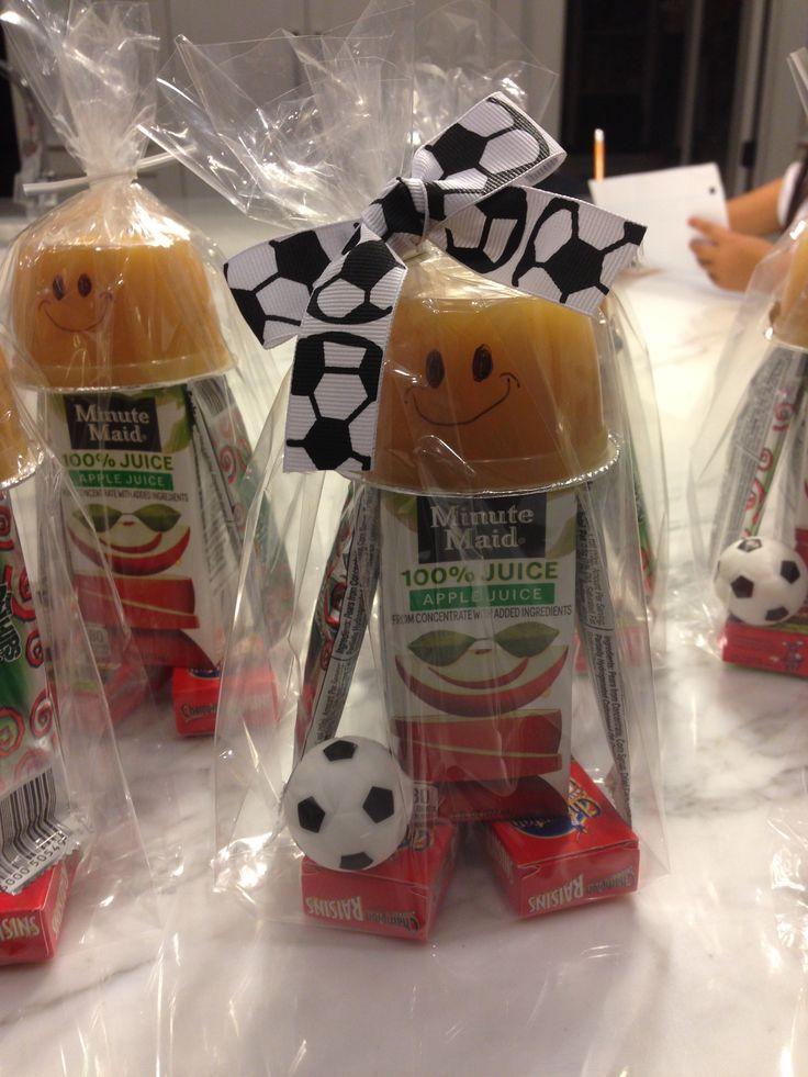 Super cute soccer snacks.                                                                                                                                                                                 More