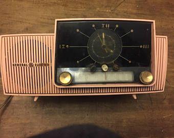 Pink General Electric Clock Radio