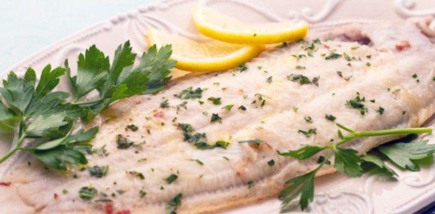 La sogliola alla mugnaia è un secondo piatto di pesce da tempo considerato un classico della cucina italiana.