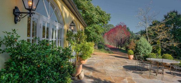 A Decadent Time away at Dennarque Estate - Vacation Goddess