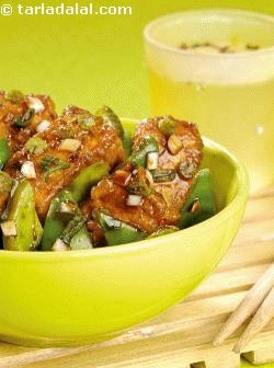 The traditionally non-vegetarian dish viz. Chilli chicken is modified for vegetarians. This melt in the mouth starter flavoured with all the ethnic chinese flavours is an all time favourite that is really easy to prepare. Serve it as a starter or even as accompaniment for your main meal.
