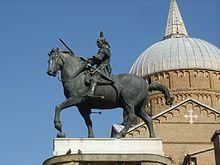 Monumento equestre al Gattamelata davanti alla Basilica di Sant'Antonio (il santo senza nome). #VivereArte #MichelaBusana