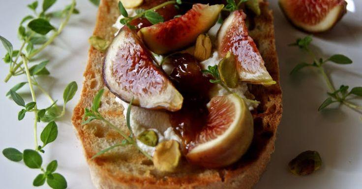 Aproveite os doces figos para fazer uma entrada de sabor marcadamente mediterrânico