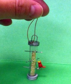 Miniature bird feeder - detailed instructions and images for easy dollhouse bird feeder from simple materials