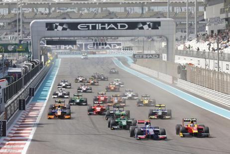 El venezolano Johnny Cecotto pasó la bandera a cuadros en la 8va posición del GP de Abu Dhabi de la GP2 Series y partirá en la primrea posición de la race 2 de mañana. -Fuente de la imagen: http://www.gp2series.com/Multimedia/ #GP2 #YasMarina #AbuDhabiGP #Deportes #Racing #Formula1 #F1 #Sport #Cars #Motor
