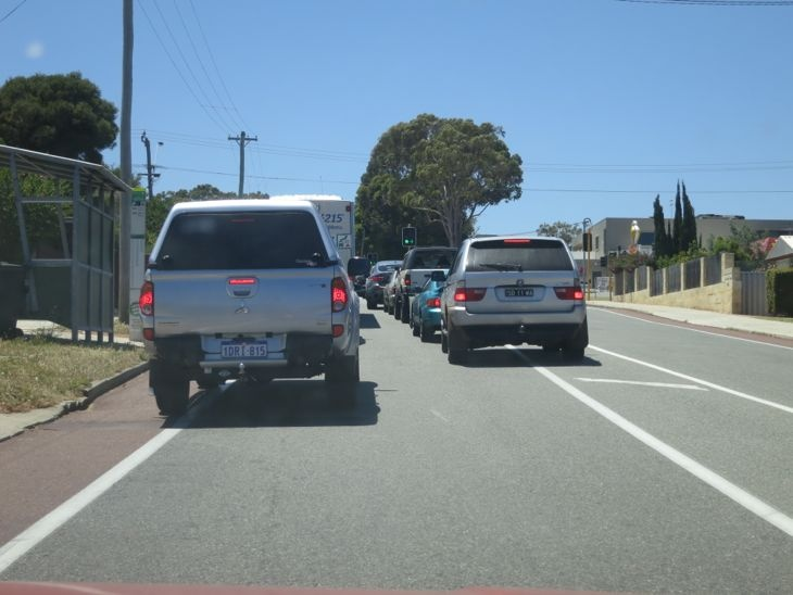 fighting for sanity in your city - sort of - A Beautiful City - Cars don't drive on footpaths, dothey?