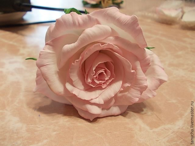 Роза из фоамирана «Нежность». Часть 2: сборка - Ярмарка Мастеров - ручная работа, handmade