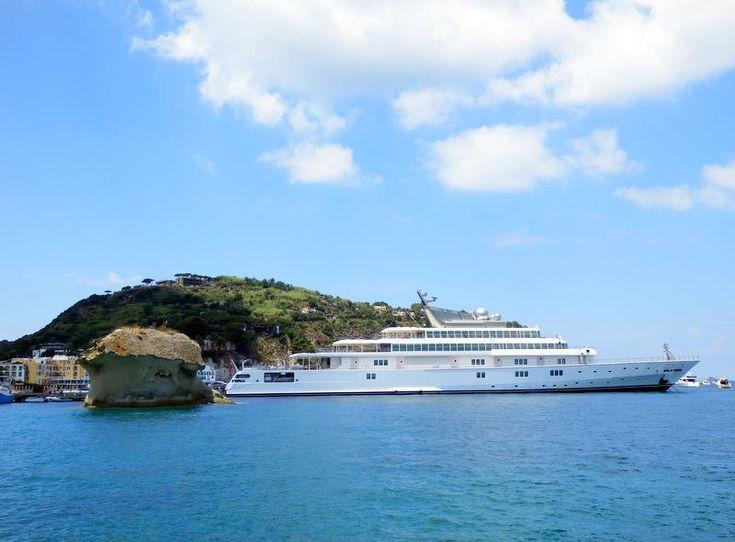 #Superyacht Rising Sun in #Ischia. #yachting #yachtsinischia.