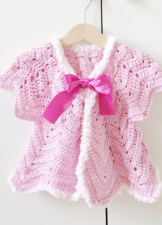 How about this gorgeous #pink #sweater? #prettyinpink #babyshower #crochet