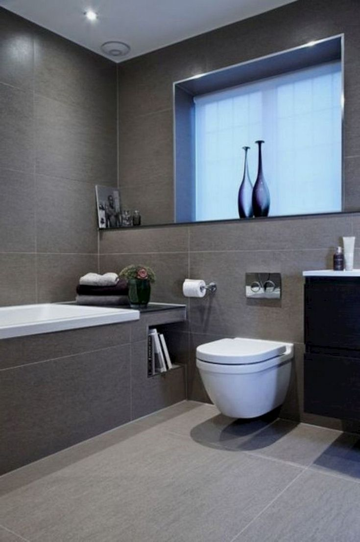 As You Start Your Hunt For Small Bathroom Layout Ideas It May Appear That Decorators Simply Cater Tolle Badezimmer Badezimmer Fliesen Graue Badezimmerfliesen