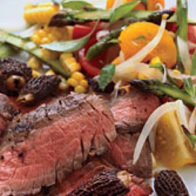 Magazine Grilled Flank Steak with Tomato, Corn, and Asparagus salad ...