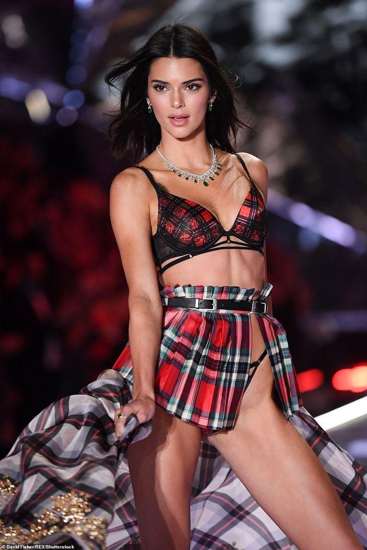 Einfach perfekt: Kendall hat die Runway-Shows der letzten Saison übersprungen und die Schuld an …