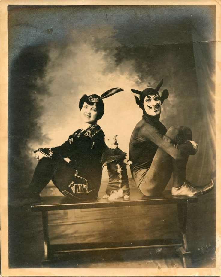 Silver Photo Circus Vaudeville Mephisto Faust Taxidermy Devil Halloween WEIRD