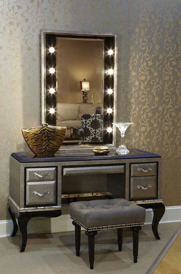 Wonderful Theme of Vanity Makeup Table with Lights - Top 25+ Best Makeup Desk With Lights Ideas On Pinterest Vanity