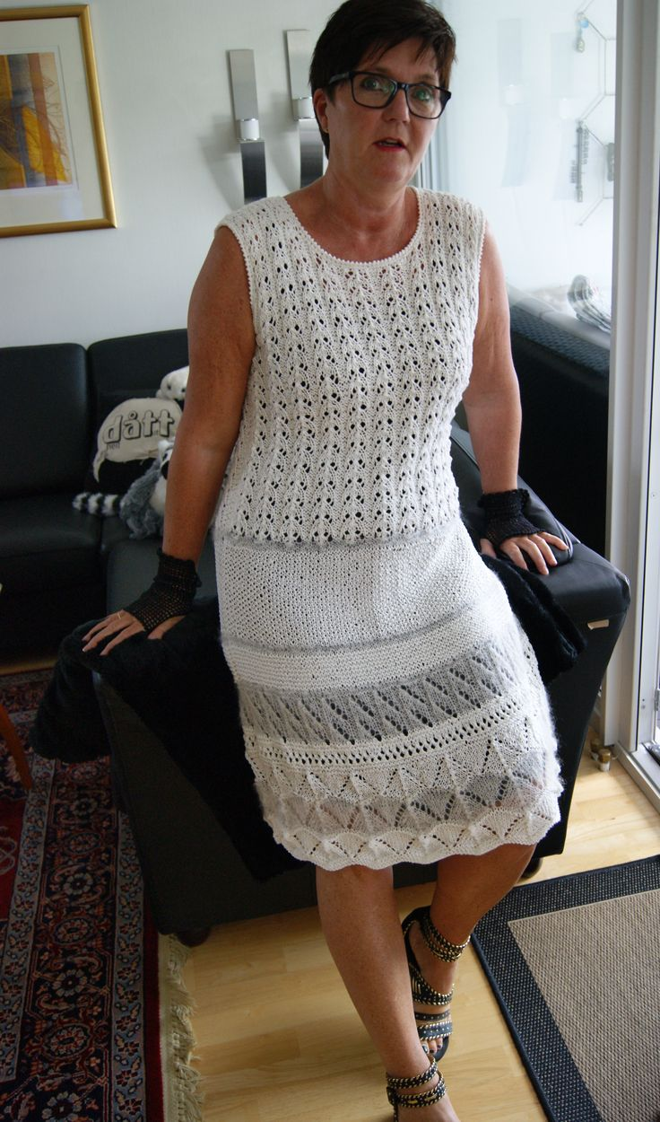"Knitted dress ""White fantasy"" and black crochet-gloves"
