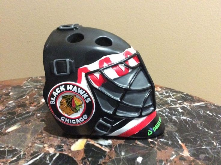 Chicago Blackhawks Stadium Giveaway Ceramic Corey Crawford Goalie Mask Toothbrush Holder - Mint in Box. This was a Stadium Give Away (SGA) to the first 10,000 fans on January 10, 2016. | eBay!