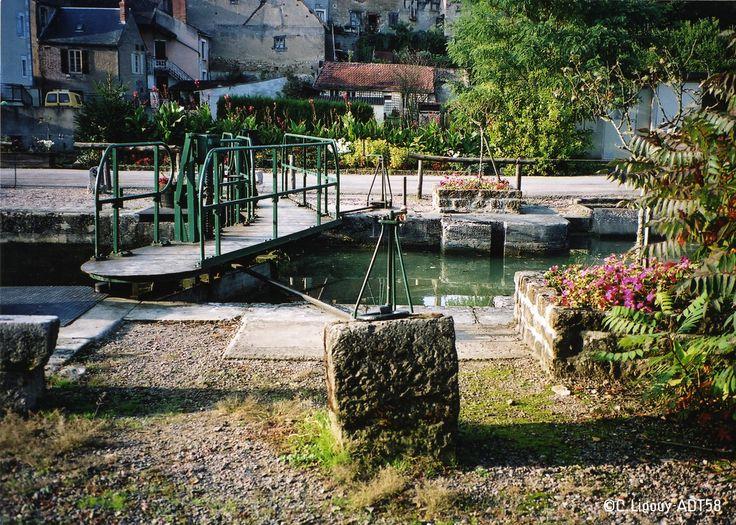 L'écluse de Cercy-La-Tour!