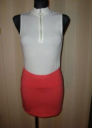 #spodniczka #sinsay #rozmiar36 #koralowaspodniczka #dopasowanaspodniczka #dowszystkiego #mini #nowazmetka #sprzedam #wymienie #wyprzedazszafy