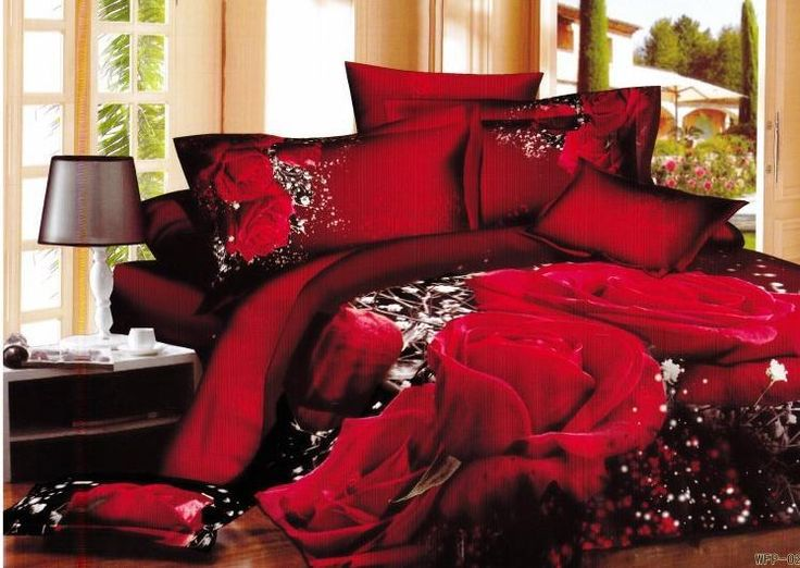 Red Queen Bedding