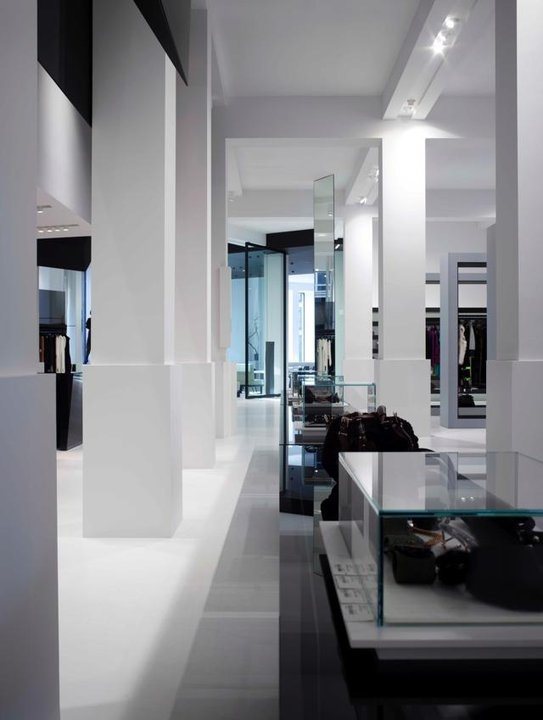 599 best images about retail on pinterest architects for Giorgio armani architetto