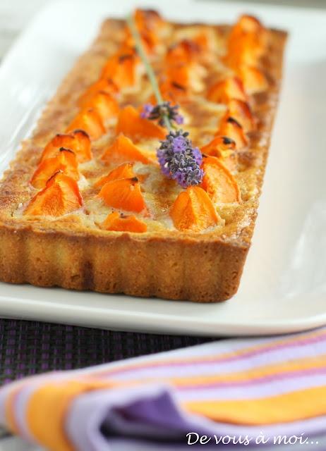 Tarte aux Abricots, Crème d'Amandes au Miel de Lavande