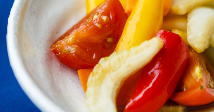 とっても簡単!野菜をいっぱい美味しく取れる和風ピクルスです。(料理監修:梅谷 曻)