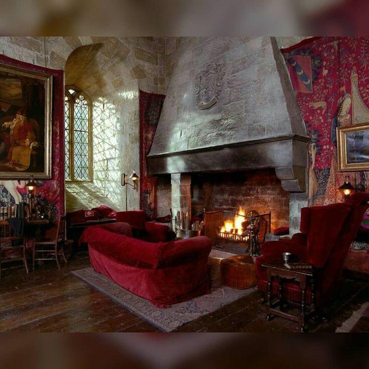 Nachster Traum Harrypotter Gryffindor Commonroom Roombox X26a1 Skaliert Gryffindor Wohnen Wohnaccessoires