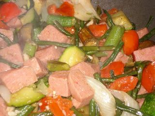 "KAUKAU TIME!--""Kaukau"" is a Hawaiian pidgin slang word meaning ""food"" or ""to eat."": SPAM PINAKBET STIR FRY!"