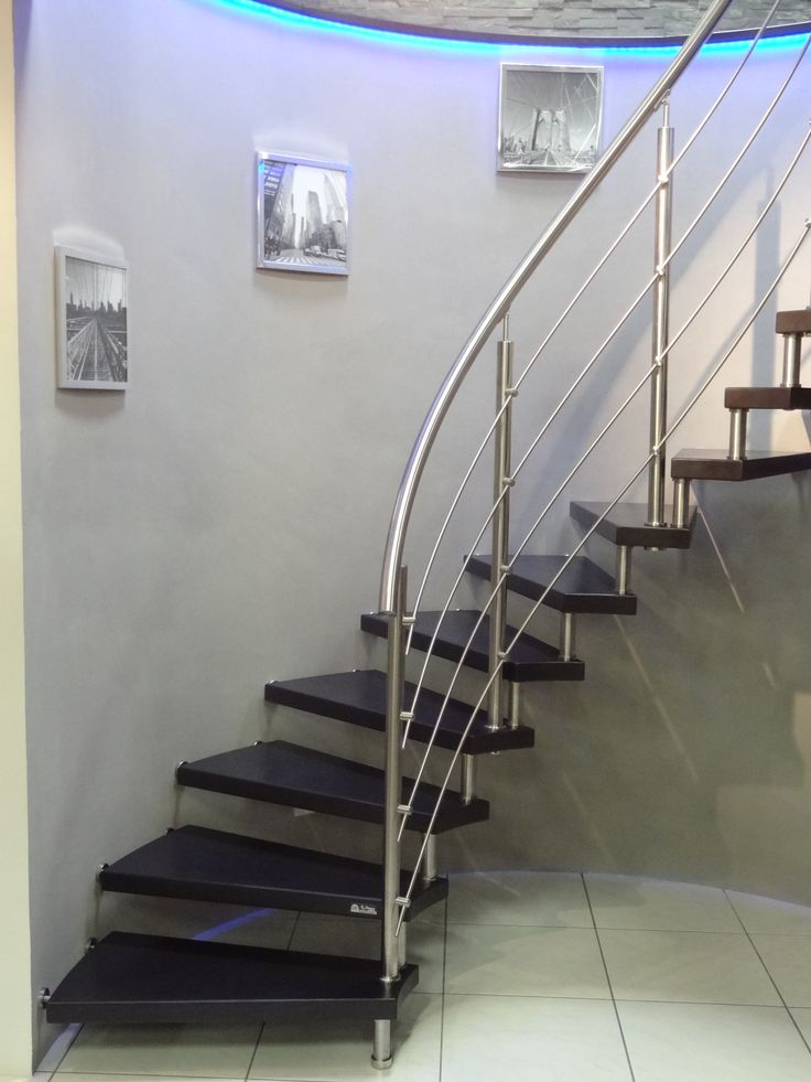 Escalier int rieur design sans contre marche main for Garde corps interieur