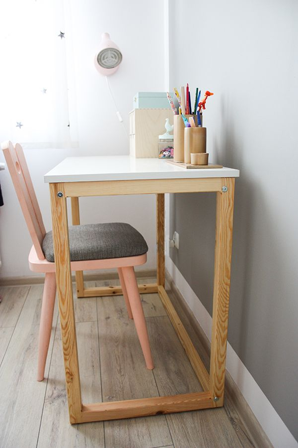 Biurko dla starszej siostry