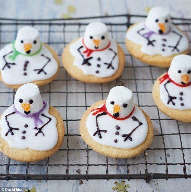 Tanya Burr crafts Christmas: Melting snowman cookies | Daily Mail Online