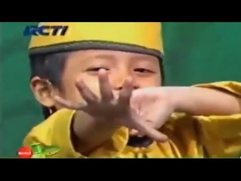 Muhtadi Ahmad 3 Tahun Hafidz Indonesia - QS : At Takwir (+playlist)