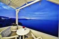 Outstanding view of the Caldera | Armeni Village rooms and suites | www.armenivillage.com