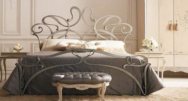 curved-iron-beds