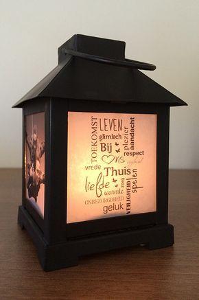 Je eigen foto op een lantaarn of windlicht. Met deze stappen kun je in een korte tijd die saaie lantaarn opvrolijken met een mooie tekst of een leuke foto. Ik leg het je graag stap voor stap uit.