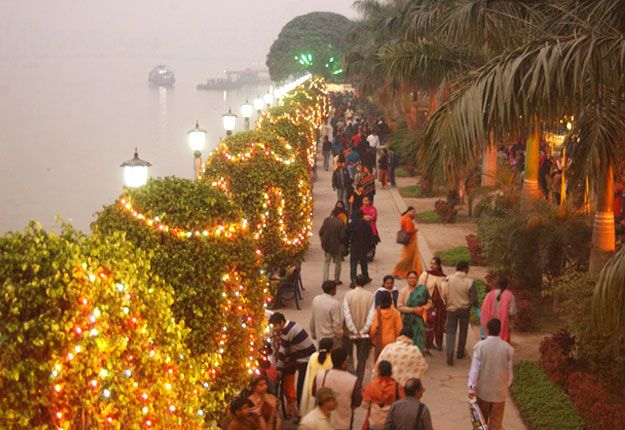 """millenium-park-kolkata  Welcome to """"The city of Joy"""" and the capital of West Bengal to discover some of the best places in Kolkata."""