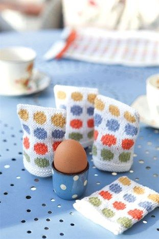 FREE Spotted Egg Cosies pattern from Knitting magazine.