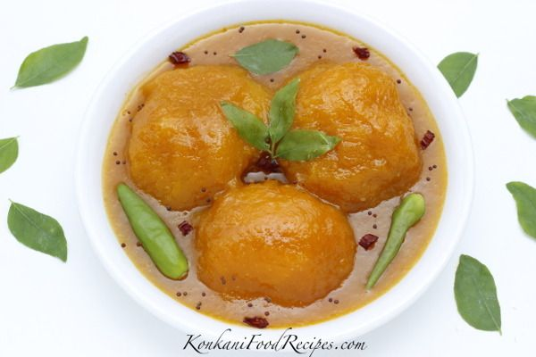 Sweet, Sour, Spicy Mango Curry (Ambe Upakari)