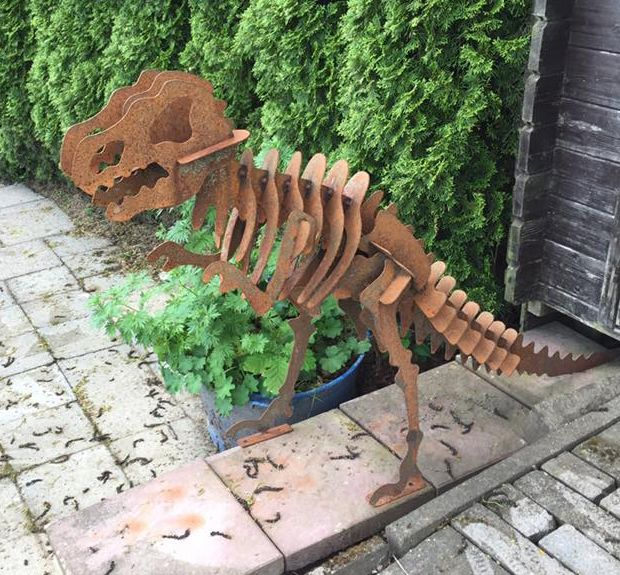 11 besten dino trex skulptur metall stahl rost kunst design garten figur bilder auf pinterest. Black Bedroom Furniture Sets. Home Design Ideas