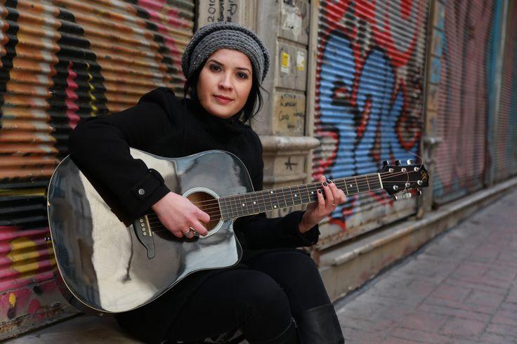 """Canan Sağar: """"Benim en büyük derdim yaşadığım çağın ve zamanın şarkılarını yazıp söylemek"""""""